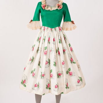Vintage 1940's Rosebud Dress Folk Art Costume Fairy Tale Gown