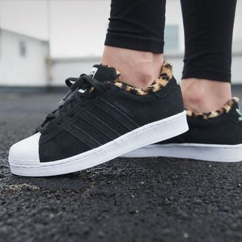 "Superstar W Leopard ""Core Black"""