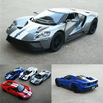 High simulation 1:36 Scale 2017 Ford GT Alloy Car Model Metal Car Toys With Pull Back For Kids Gifts Free Shipping Collection