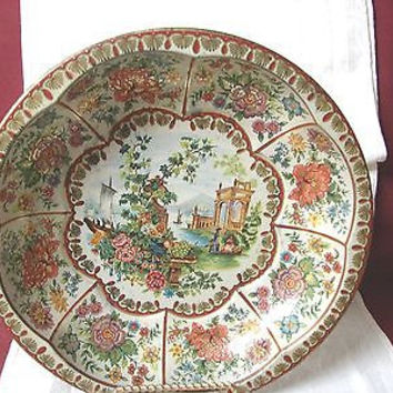 Vintage Daher Decorated ware 1971 made in England Reg # 951942 Scene Tin bowl