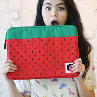 "Canvas Laptop Case 15"" Strawberry Embroidery"