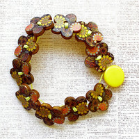 Flower Wooden Button Bracelet - Small