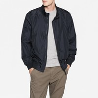 The Lightweight Bomber