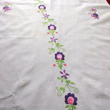 Vintage White Table Linen, Table runner, Floral Tablecloth, Embroidery Tablecloth, Hand Embroidered, Hand made, White Purple Pink, Table top