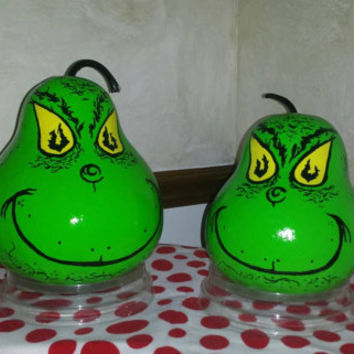 Ready to Ship ! GRINCH Gourd BiRDHOUSE or Table Decor SWeeT ADoRABLE BriGht GRiNCHY Green & Peering Yellow Eyes!   Designs by Sugarbear