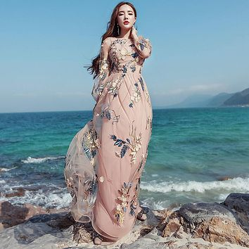 Vintage Mexican Dress Women Spring Summer Embroidered Mesh Long Dress Boho People 2017 High Quality Designer Runway Dress Y1167