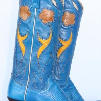 Beautiful Ralph Lauren flower cut out leather ladies cowboy boots 5.5 C (wide)