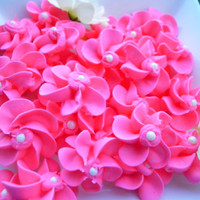 Cupcake Toppers 100 edible toppers in Hot Pink royal icing flowers cupcake decorations