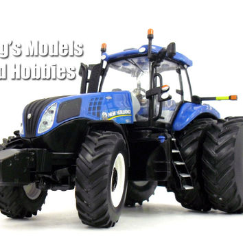 New Holland T8.420 Tractor 1/32 Scale Die-cast Metal Model by ERTL