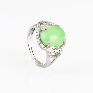 7.5 ct Jadeite silver vintage ring for women