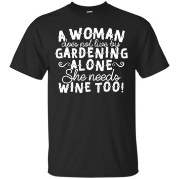 A WOMAN Gardening And Drinking WIN T-Shirt Hoodie