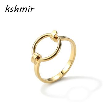 Fashion accessories Ms ring sell like hot cakes Opening the new copper casting female ring. The ring