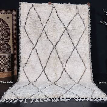 """Authentic All wool Moroccan rug 5'4""""x9'"""