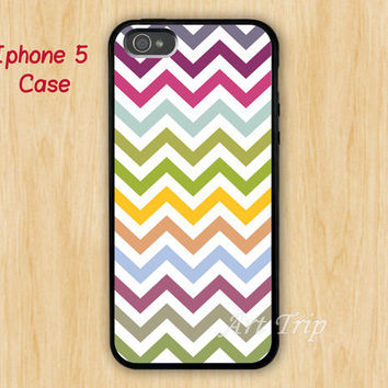 iPhone 5 Case -- chevron iPhone 5 Case, colorful chevron iPhone 5 Case, geometric graphic iphone 5 case, SALE