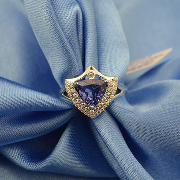 Trillion-Cut Tanzanite Diamond Ring in 18k White Gold Engagement Wedding Birthday Anniversary Valentine's