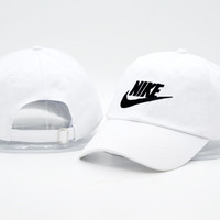 Unisex White NIKE Embroidered Baseball snapback cap Hat