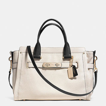 COACH SWAGGER 37 CARRYALL IN COLORBLOCK LEATHER