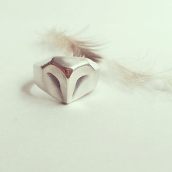 Owl Ring, barn owl sterling silver ring , silver owl, animal jewelry, unisex ring, owl jewelry