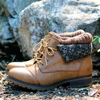 cozy womens sweater bootie - tan