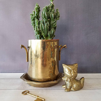 Vintage Brass Cat Figurine/ Antique Cat/ Brass Cat/ Brass Animal Figurine/ Brass Statue/ Vintage Cat/ Gift for Cat Lover/ Brass Paperweight