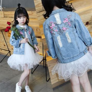 Trendy Girls Hole Denim Jackets Coats 2018 Children Long Sleeve Outwear Embroidery Girl Jean Jacket 4 6 8 10 12 Years Kids Clothes AT_94_13
