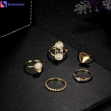 SUSENSTONE Hollow Out Triangle Opal Stone Crystal Midi Ring Set Vintage Gold Color Knuckle Rings Fashion Boho Jewelry 5PCS #1112