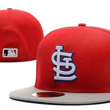 DCCKBE6 St. Louis Cardinals New Era MLB Authentic Collection 59FIFTY Hat Red-Grey