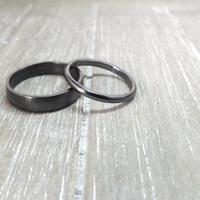 two silver rings dome shaped ring bands wedding ring bands ring pair brushed matte ring 4mm wide ring band 2mm wide ring light or dark