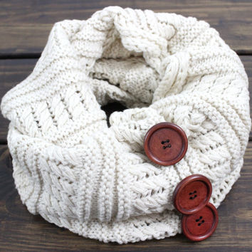 Women's Cable Knitted Scarf, Knit Infinity Scarf, Beige, Chunky Knit Scarf, Button Knit Scarves, KnittedScarf, Winter Scarf, Oversized Scarf