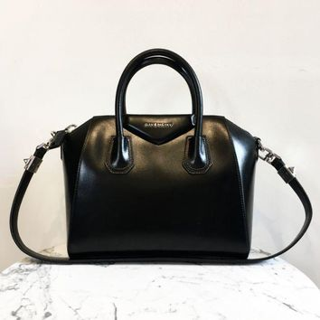LMF3DS Givenchy 'Antigona' Handbag