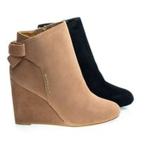 Dayna09 Wedge Ankle Bootie w Back Bow Tie & Almond Toe