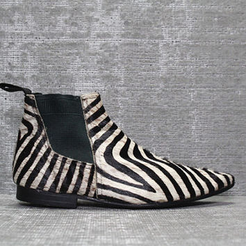 Vtg 90s Zebra Calf Pony Hair Leather Minimalist Pointy Shoes Boots 9 9.5 40 41
