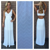 White Zig Zag Texture Maxi Dress