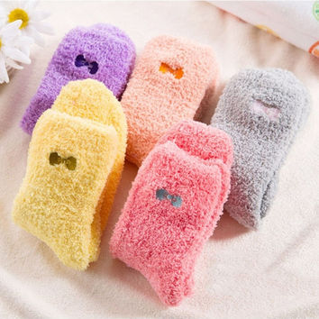 Hot Female Bow Thickening Velvet Sweet Winter Socks Thermal Warm Christams New Year Gift For Woman Girl