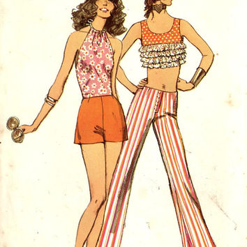 70s pin up Summer Sun midriff baring top Halter top pants short shorts Vintage sewing pattern Simplicity 9409 Bust 36