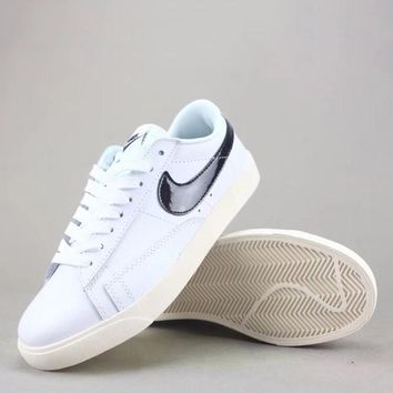 Wmns Nike Blazer Low Sd Women Men Fashion Casual Low-Top Old Skool Shoes-3