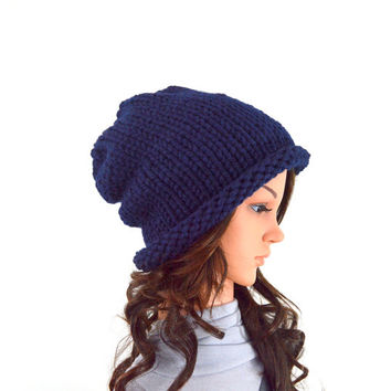 Unisex Chunky Knit Slouchy Hat Beanie Toque // The Erith // in Navy