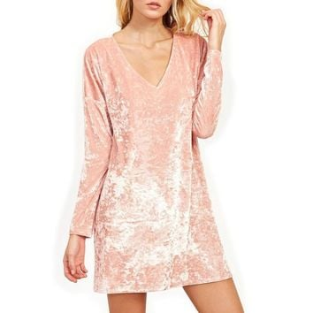 2018 New Fashion Pink Velvet Mini Dress Solid Color Slim Sexy V-neck Long Sleeve Dresses For Female Spring Autumn Clubwear