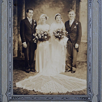 Vintage 1920s Wedding Photograph // Vintage Wedding Photo w/ Frame