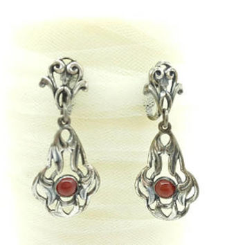 Napier Art Nouveau 1950 Book piece clip earrings Bezel set carnelian stones