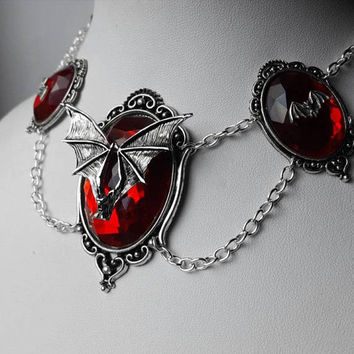 Red Mina Nocturne Pendant Necklace