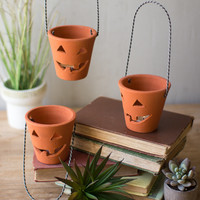 Clay Jack-O-Lanterns with Wire Handles