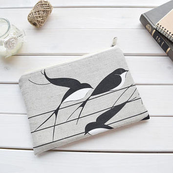 Swallows zipped sleeve, iPad mini case, Kindle Paperwhite sleeve, Kindle Fire sleeve, Nexus 7 case, ipad sleeve, Kobo Aura case, Kobo Touch