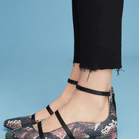 KMB Strappy City Flat