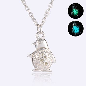 Dropshipping Glow In Dark Locket Hollow Penguin Pendant Luminous Necklace