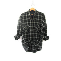 Vintage gray and black Plaid Flannel / Grunge Shirt / Boyfriend button up shirt / size LT