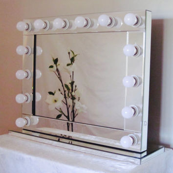 Hollywood Exclusive Lighted Vanity Mirror W/ LED Bulbs