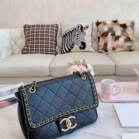 145 Fashion Classic Chain Crossbody Pouch Flap Bag Casual Quilted Baguette Bag 28-20cm