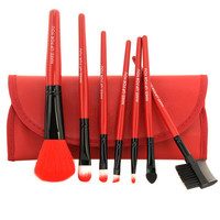 Red Canvas 7 Pieces Blended Cream Product Application Makeup Brush Set