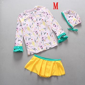 Swimsuit for a Child Toddle Girls Swimwear Sunsuit Floral Kids Teenager Swim Suits Two Pieces Rash Guard Bathing Suits Beachwear
